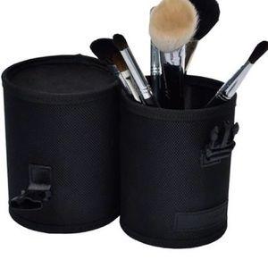 monda studio Makeup - Monda Studio Cosmetic Pouch